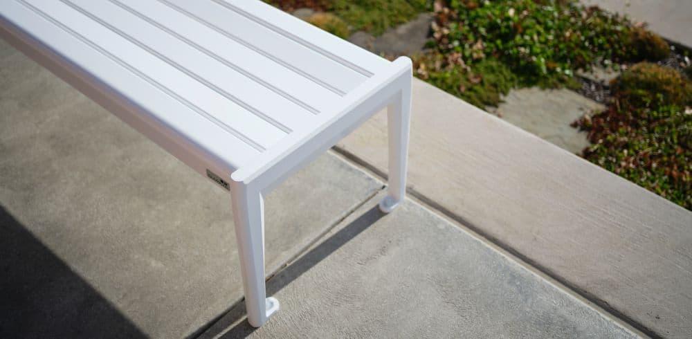 dumor park bench