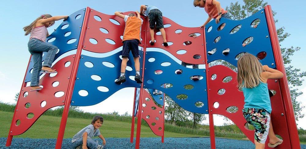 freestanding play playground equipment