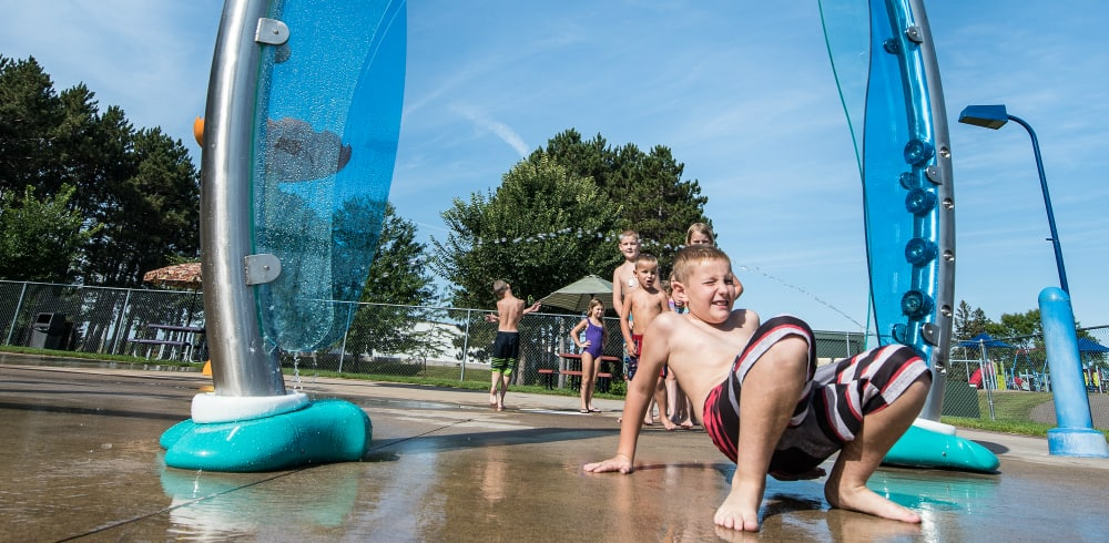 commercial water play equipment