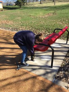 anchoring north park bench