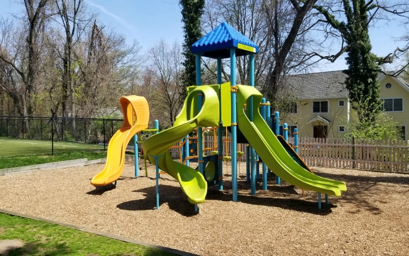 Oak Knoll School Playground Photo